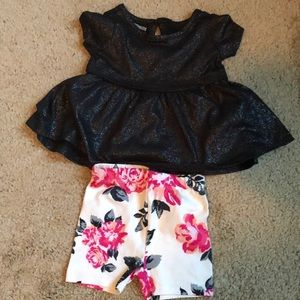 Sparkly top and shorts 🌸✨